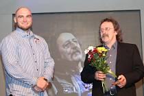 Václav Pojkar spolu s Rudolfem Krajem během čtvrtečního galavečera ankety Nejúspěšnější sportovec Mělnicka 2013.