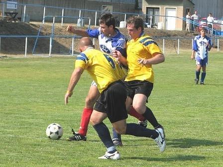 V sobotním semifinále turnaje ve Straškově si nelahozeveské Dynamo poradilo s Křešicemi.