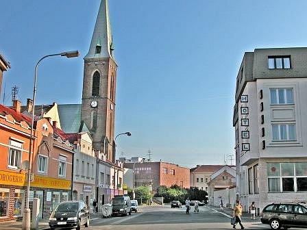 Bude náměstí končit u sídla části radnice, nebo až u Jodlovy ulice?