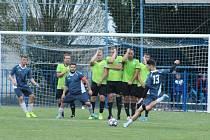 AGRO CS Pohár SKFS, 1. kolo: Kralupy 1901 (v modrém) - Dynamo Nelahozeves (2:1)