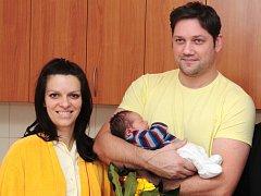Tomáš Douda se rodičům Šárce a Tomášovi narodil v mělnické porodnici 4. ledna a stal se tak prvním mělnickým miminkem roku 2015.