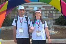Eva Procházková z Neratovic přispěla k rekordnímu medailovému zisku české výpravy na Světových letních hrách speciálních olympiád v Los Angeles, která si domů vezla celkem třiatřicet  cenných kovů.