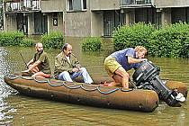 Povodně dokážou změnit některé kralupské lokality v jezero.