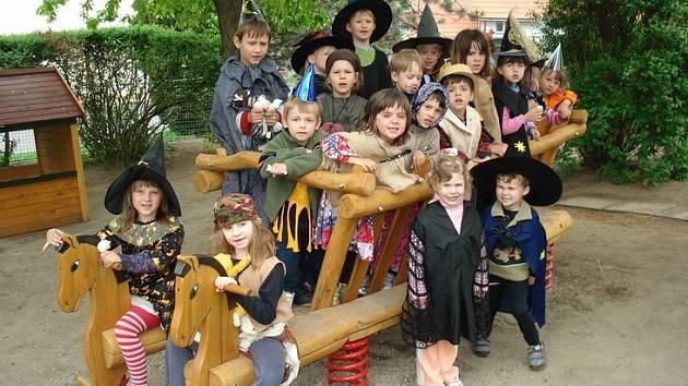 Čarodějnice v mělnické mateřské škole Pohádka.