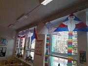 Na základní škole Ing. M. Plesingera-Božinova v Neratovicích se připojili k oslavám výročí vzniku republiky.