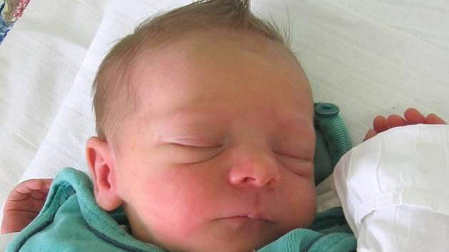 Samuel Maršík se rodičům Renatě a Tomášovi z Liběchova narodil 28. července 2009, vážil 2,50 kg a měřil 48 cm. Na brášku se těší 6letý Tomášek.