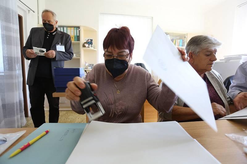 Volby 2021 v Kanině na Mělnicku