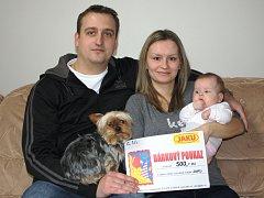 Lucie Červenková se rodičům Petře a Bohumilovi z Neratovic narodila v mělnické porodnici 25. října loňského roku.
