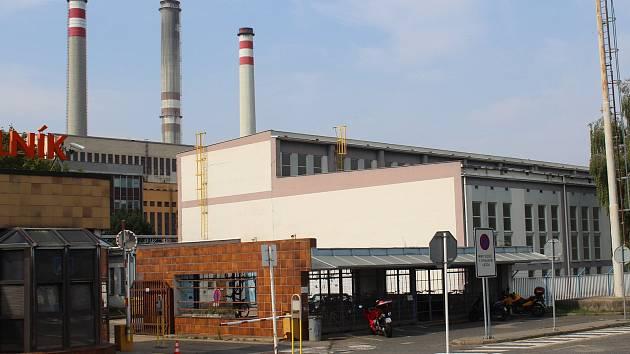 V jednom z  kamionů našli zaměstnanci elektrárny v Horních Počaplech dva mladé uprchlíky.