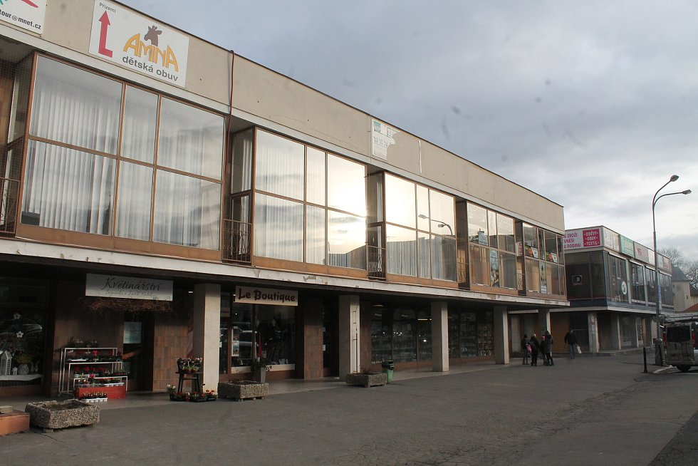 Takto probíhaly stavební práce na novém sídle Městské knihovny na náměstí Karla IV.
