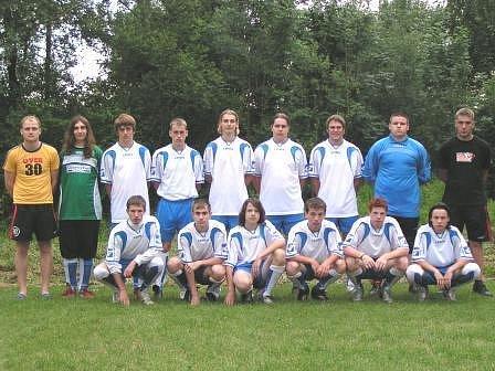 Nejlepším mělnickým týmem v I. A třídě dorostenců byla v uplynulé sezoně Slávia Velký Borek.