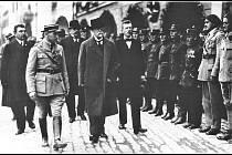 Prezident republiky Tomáš Garique Masaryk navštívil Mělník u příležitosti slavnosti vinobraní.