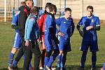 OP, 13. kolo: SK Labský Kostelec (v modrém) - Sokol Záryby B 10:0.