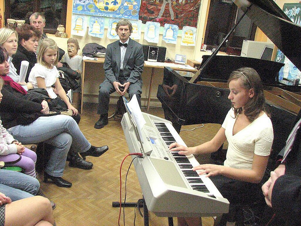 Adventní koncert mšenské základní umělecké školy.