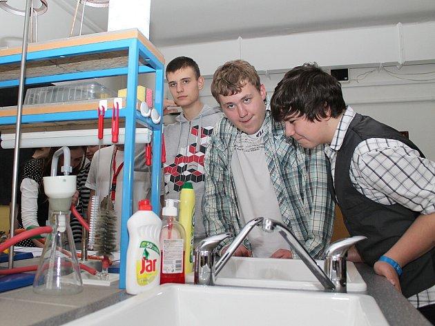 Otevření nové laboratoře Základní školy Jungmannovy sady Mělník.