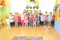 Děti z Mateřské školy Čečelice.