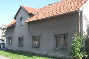 Rodný dům Jana Palacha už roky chátrá.