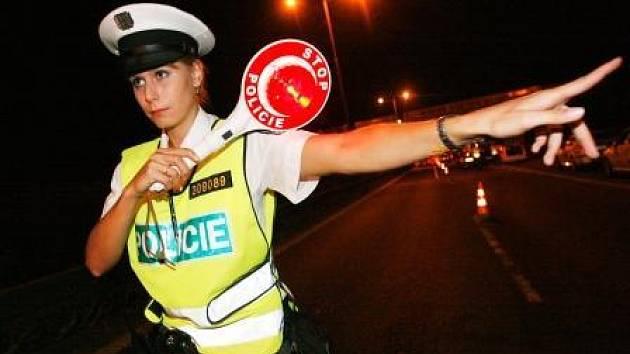 V rámci běžného výkonu služby zadrželi dva řidiče, kteří řídili svá vozidla pod vlivem alkoholu