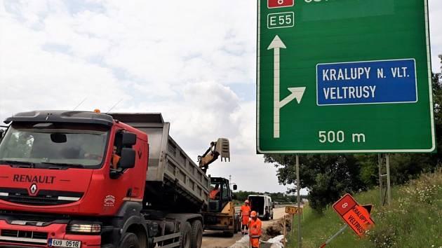 Opravy na dálnici D8.