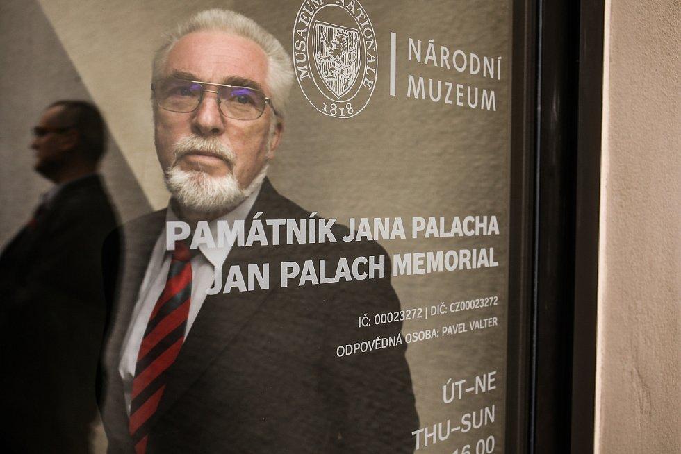 Ve Všetatech byl otevřen Památník Jana Palacha.