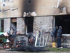 Požár v činžovním domě v kralupské Přemyslově ulici.