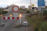 Železniční přejezd v Kokořínské ulici