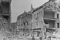 Kralupská Husova ulice po náletu.
