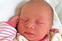 Anetka Česáková se rodičům Miriam a Danielovi z Libiše narodila 10. srpna 2011, vážila 3,10 kg a měřila 50 cm.