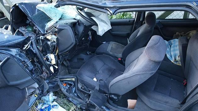 Dopravní nehoda ve Vehlovicích.