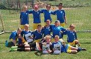 NEJLEPŠÍ ZE VŠECH! Neratovický tým U11 s přehledem ovládl turnaj v Lobkovicích.