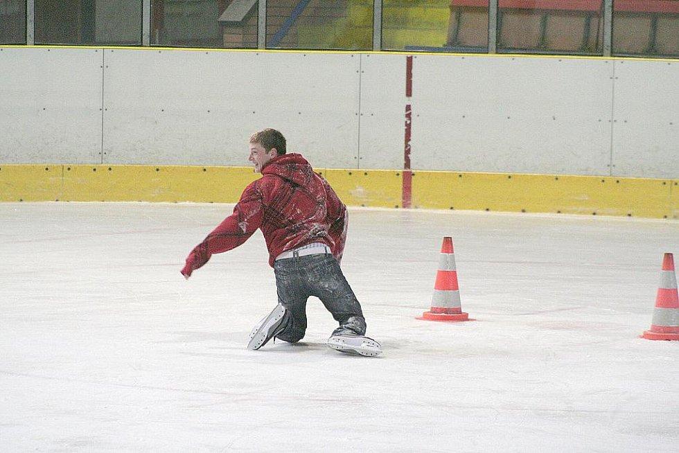 Děti si užily prázdniny na ledě