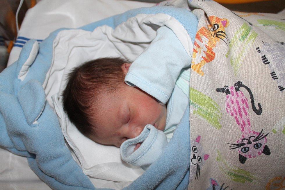Rafael Trantina, Praha. Narodil se 22. 5. 2019, po porodu vážil 3680 g a měřil 53cm. Rodiče jsou Dan Trantina a Michaela Čajková.