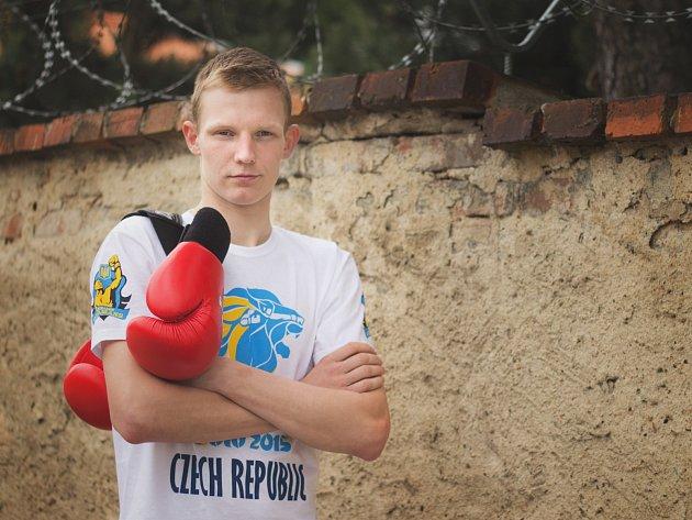 Jan Gazdík z SK Box Mělník si v boxu vyzkoušel zcela novou roli.
