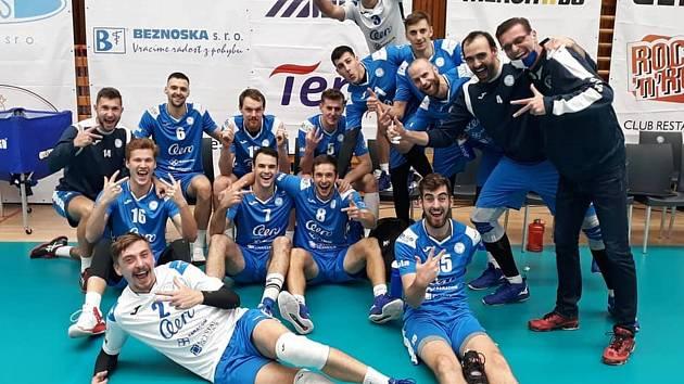Volejbalisté Aera po vítězném derby v Kladně.