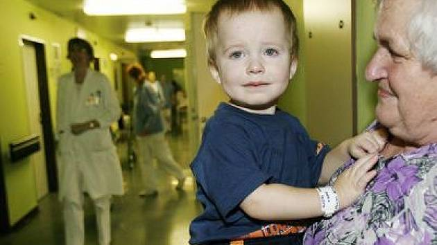 Letos prázdniny děti v nemocnicích příliš netrávily.
