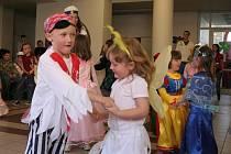 Obřístevské děti řádily na karnevalu ve škole.