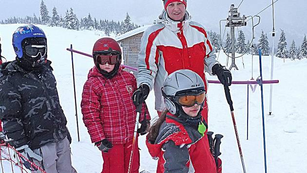 Děti z Mělníka se o jarních prázdninách naučí lyžovat