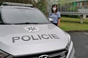 Policistka Martina Hamplová zachránila život ženě. Vytáhla ji z řeky.