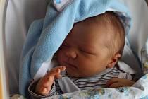 Tomáš Čermák se rodičům Marcele Hájkové a Romanu Čermákovi z Kralup narodil 12. září v mělnické porodnici, měřil 52 centimetrů a vážil 4,13 kilogramu. Doma se na něj těší 3letá Romana a 12letá Anna.