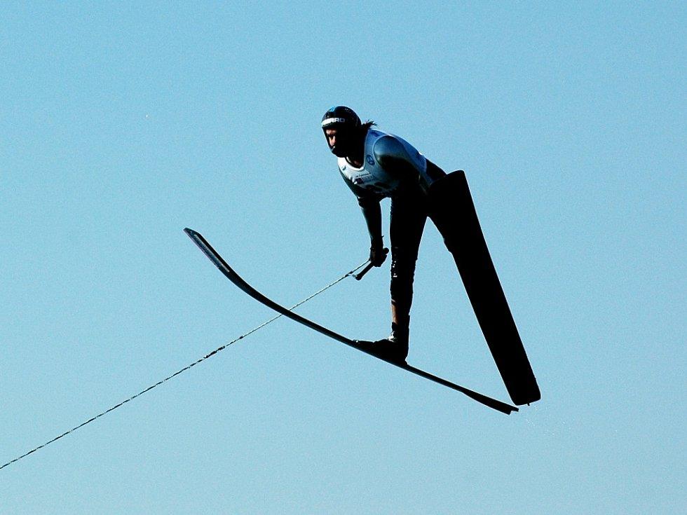 Adam Sedlmajer při skoku