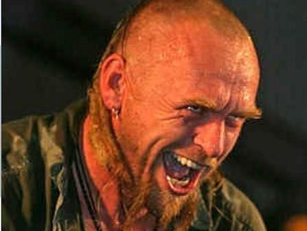 Miláček publika, frontman kapely Krucipüsk Tomáš Hájíček, na jehož kapelu se těší posluchači rocku nejvíce. Známé liberecké seskupení vystoupí už v 15 hodin.