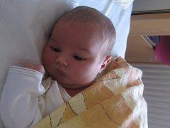 Veronika Slabá se rodičům Kláře a Martinovi z Kralup nad Vltavou narodila v mělnické porodnici 3. října 2013, vážila 3,20 kg a měřila 50 cm.