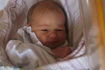 Eliška Škrabálková se rodičům Veronice a Martinovi z Velkého Borku narodila v mělnické porodnici 21. září 2016, vážila 3,03 kg a měřila 48 cm. Na sestřičku se těší 9letý Daniel.