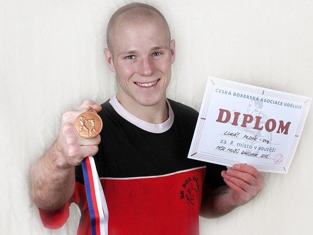 Mělnický boxer Lukáš Plzák