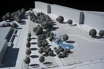 TROJROZMĚRNÝ model pražského architekta Tomáše Hořavy ukazuje náměstí jako místo obrostlé stromy a keři, kterým protéká uměle vytvořený potok.