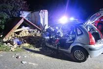 Pod vlivem alkoholu naboural a zbořil kapličku. Nehoda se stala 5. září 2021.