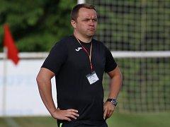 Zápas v Tuchlovicích, v němž strávil na lavičce jen necelých deset minut, než byl vykázán, byl pro Zdeňka Šenkeříka pověstnou poslední kapkou.