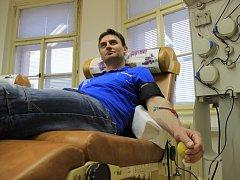 Středisko dárců krve, které sídlí v nemocnici na mělnickém Podolí, by uvítalo další dárce krve i krevní plazmy.
