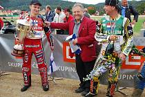 Miloslav Čmejla, spíkr mšenských plochodrážních závodů, vyhlásil v roce 2010 mistrem světa na dlouhé ploché dráze finského závodníka Jonasse Kylmakorpiho.