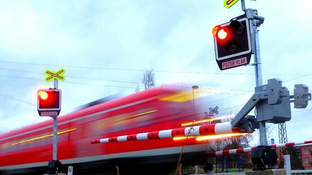 Železniční přejezd, ilustrační foto.